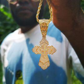 ゴールド クリスチャン クロス ペンダント