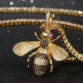 18kゴールドCZダイヤ蜂ペンダント