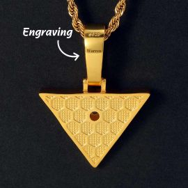 ゴールド エジプトのピラミッド ホルスの目 ペンダント